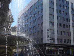 弗樂德里斯酒店(Hotel Fleur-De-Lys)
