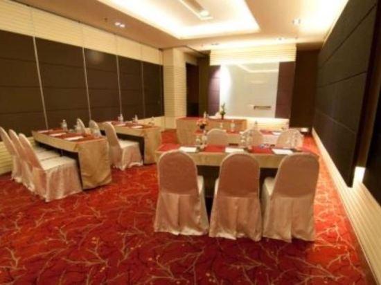 吉隆坡瑞園公寓(Swiss Garden Residences Kuala Lumpur)會議室