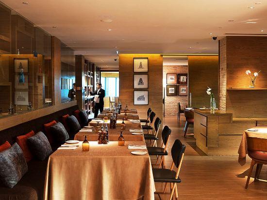 新山希爾頓逸林酒店(Doubletree by Hilton Johor Bahru)餐廳