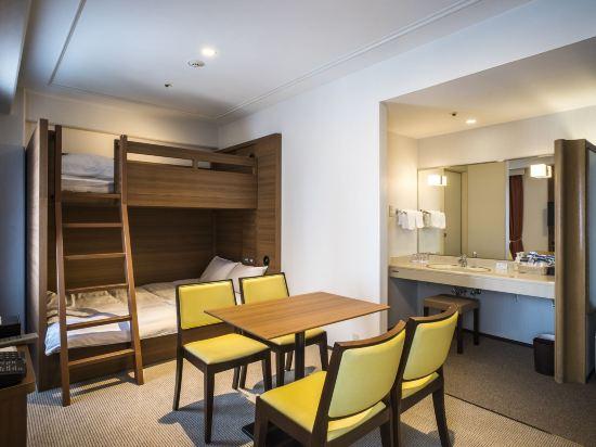 新阪急大阪附樓酒店(Hotel New Hankyu Osaka Annex)上下鋪房