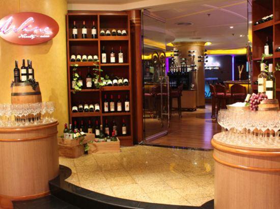 綠寶石酒店(The Emerald Hotel)酒吧