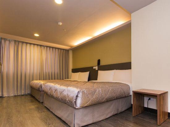台中巧合大飯店(Chance Hotel)四人房