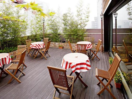 天空花園酒店明洞1號店(Hotel Skypark Myeongdong 1)餐廳