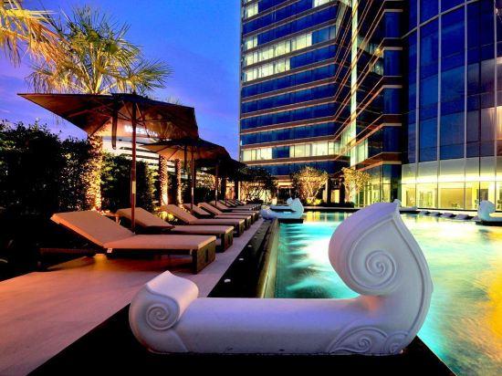 曼谷素坤逸航站 21 中心酒店(Grande Centre Point Hotel Terminal21)室外游泳池