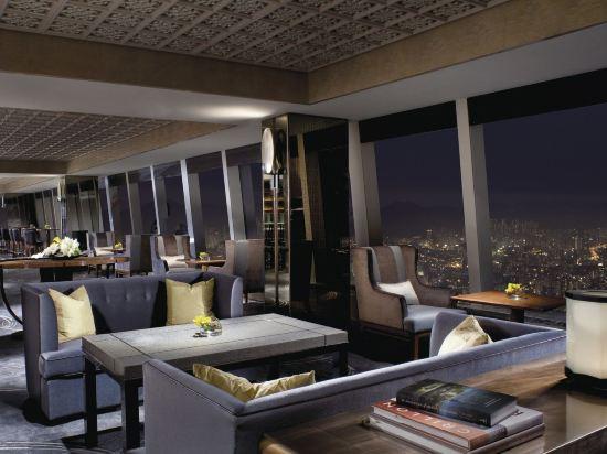 香港麗思卡爾頓酒店(The Ritz-Carlton Hong Kong)行政豪華客房