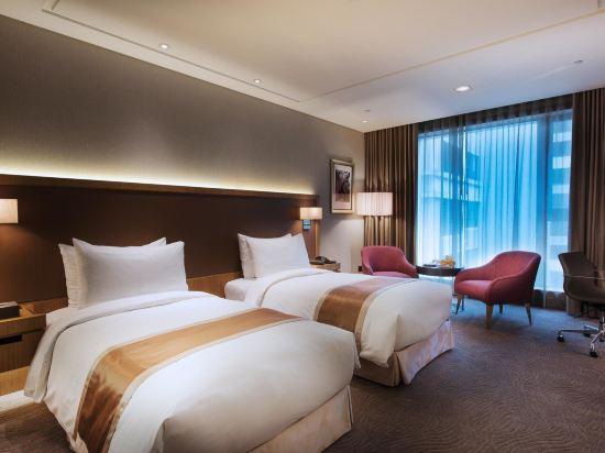 台中日月千禧酒店(Millennium Hotel Taichung)豪華家庭房