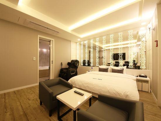 阿瓦高級酒店(Premium Ava Hotel)尊貴房