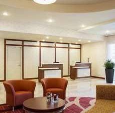 溫尼伯機場 - 馬球公園希爾頓欣庭套房酒店(Homewood Suites by Hilton Winnipeg Airport - Polo Park)