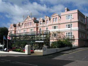 諾福克皇家大酒店(Norfolk Royale Hotel)