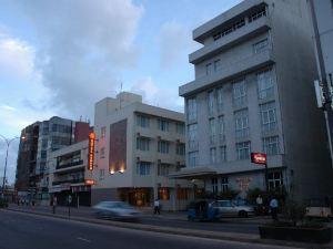 雷努卡城市酒店(Renuka City Hotel)