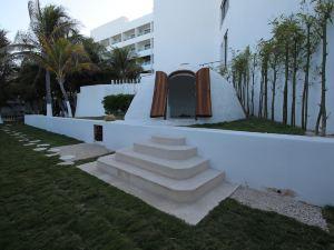 火烈鳥坎昆度假酒店(Flamingo Cancun Resort)