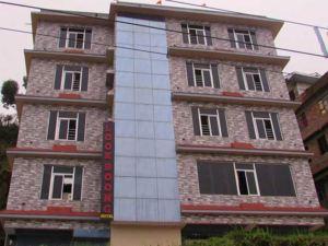 拉萬格拉魯克布恩格酒店(Look Boong Hotel Ravangla)