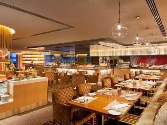 曼谷香格里拉大酒店(Shangri-La Hotel Bangkok)餐廳