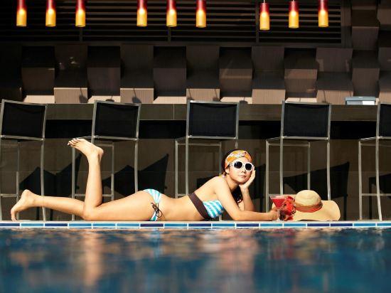諾富特曼谷素坤逸酒店(Novotel Bangkok Ploenchit Sukhumvit)健身娛樂設施