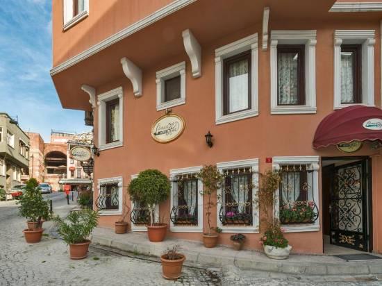 奧斯曼汗酒店