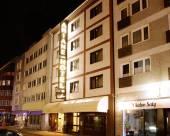 阿麗亞娜旅程旅館酒店