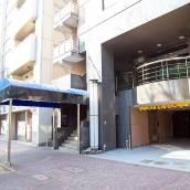 名車站南口漢米爾頓酒店 - 藍色