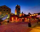 多倫多市中心智選假日酒店