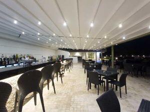 獵鷹俱樂部酒店(Club Hotel Falcon)