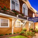 愛姆貝特韋斯特酒店(Best Western Elm House Inn)