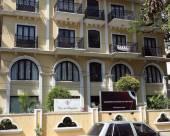 卡薩代加盧魯酒店