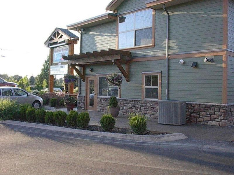 Vedder River Inn, Hotel reviews and Room rates