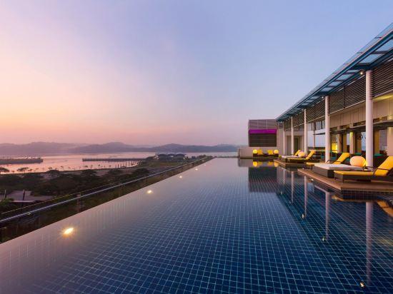 新山香格里拉公主港今旅酒店(Hotel Jen Puteri Harbour Johor Bahru by Shangri-La)室外游泳池