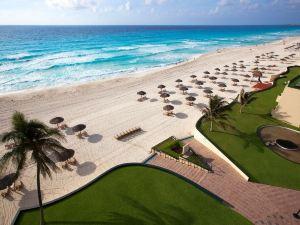 坎昆安波里奧度假村(Emporio Cancun)