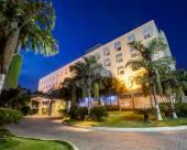 拉達哈霍姆酒店