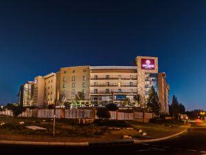 弗維斯城市旅館酒店