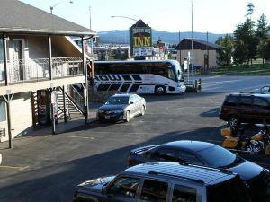 西黃石布蘭丁艾倫酒店(Brandin Iron Inn West Yellowstone)