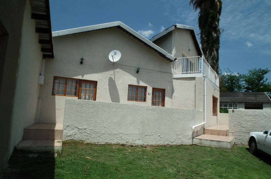 Lanseria Country Estate, Hotel reviews and Room rates