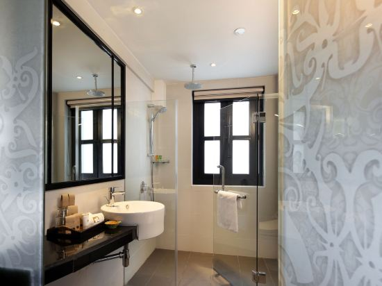 新加坡客來福酒店惹蘭蘇丹33號(Hotel Clover 33 Jalan Sultan Singapore)園景特大床套房