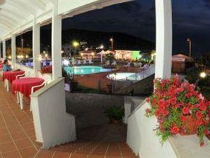 摩爾卡瓦洛療養酒店(Morcavallo Hotel & Wellness)