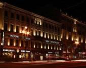 聖彼得堡涅夫斯基大道論壇酒店