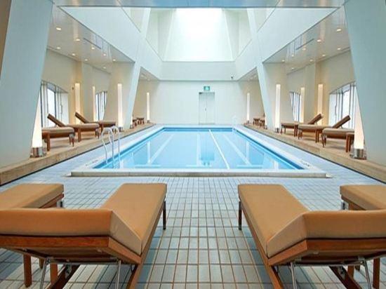 東京凱悦酒店(Hyatt Regency Tokyo)室內游泳池