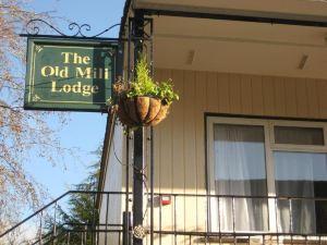 老磨坊酒店&旅館(Old Mill Hotel & Lodge)