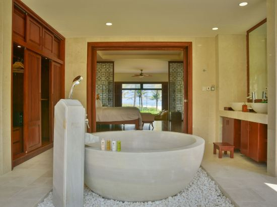 峴港富麗華別墅酒店(Furama Villas Danang)四卧室海濱泳池別墅