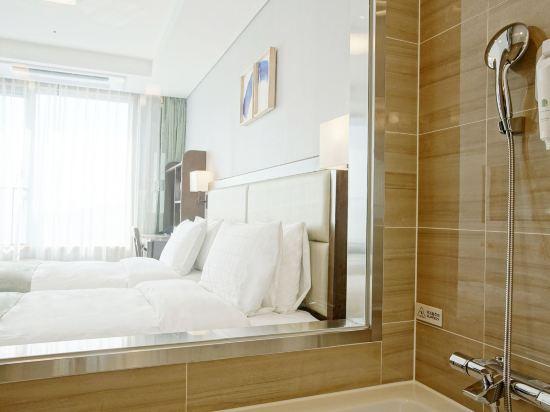 釜山斯坦福酒店(Stanford Inn Busan)灣景雙床房