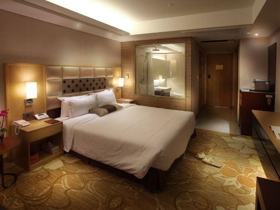 高利亞那酒店(Koreana Hotel)俱樂部大號床房