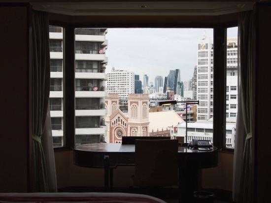 曼谷香格里拉酒店(Shangri-La Hotel Bangkok)香格里拉樓尊貴房