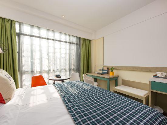 美豪酒店(常州恐龍園旗艦店)(Mehood Hotel (Changzhou Dinosaur Park Flagship))3D影院大床房