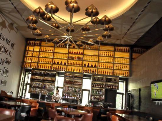 吉隆坡香格里拉大酒店(Shangri-La Hotel Kuala Lumpur)酒吧