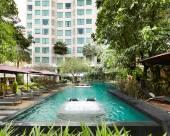 曼谷貝素坤逸12精品酒店