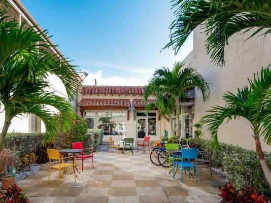 Palm Beach Historic Inn Hotel Reviews