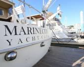 海洋城市俱樂部遊艇船屋