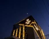 登巴斯塔酒店