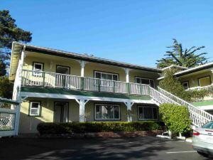 卡梅爾旅館及套房(Carmel Inn & Suites)