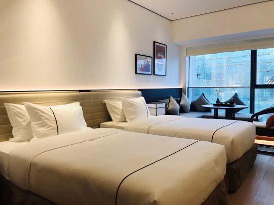 佛山順德美的總部華軒裏酒店(H'ELite Hotel)行政雙床房