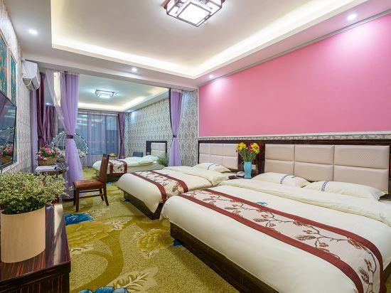 昆明雲鼎大酒店(原中航大酒店)(Yunding Hotel)豪華四人房